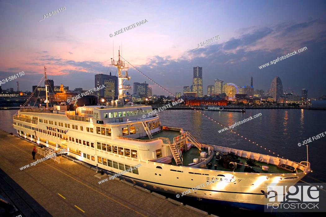 Stock Photo: Cruise ship. Yokohama, Japan.