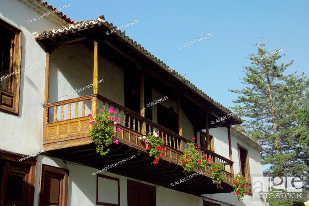 Stock Photo: Icod de los Vinos. Tenerife, Canary Islands. Spain.