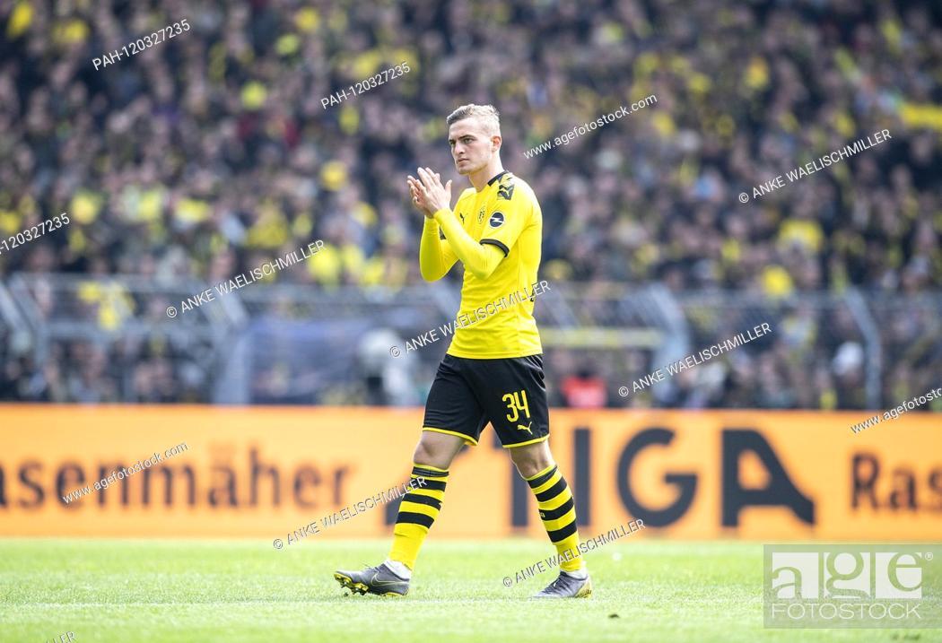 Stock Photo: Jacob BRUUN LARSEN (DO) gesture, gesture Soccer 1.Bundesliga, 33.matchday, Borussia Dortmund (DO) - Fortuna Dusseldorf (D) 3: 2, on 11.05.