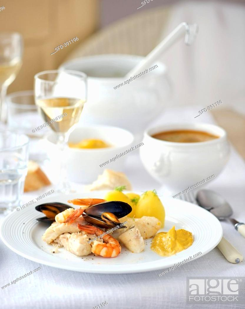 Stock Photo: Bouillabaisse fish & shellfish soup, France with rouille.