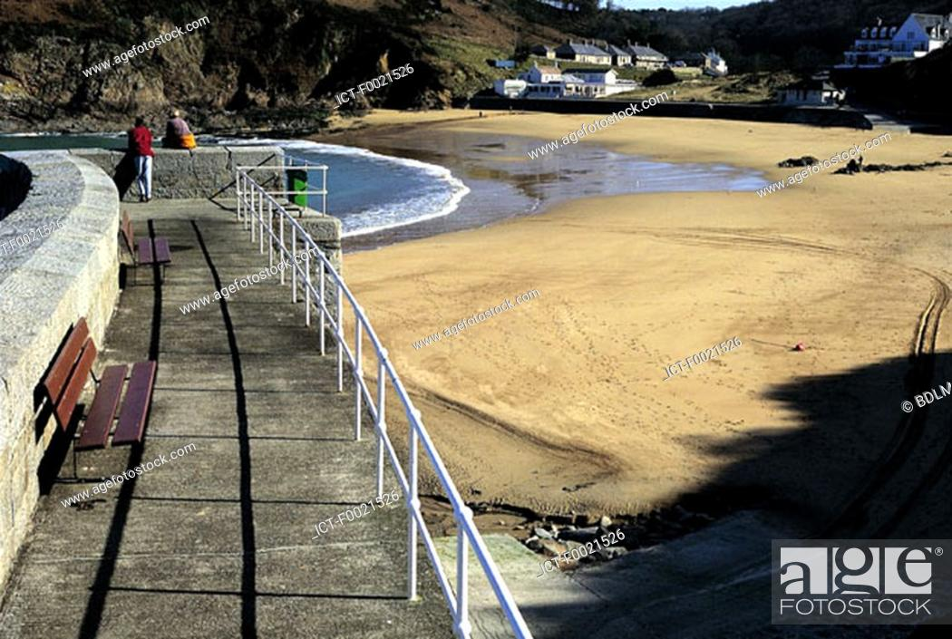 Stock Photo: Channel Islands, Jersey, beach and pier.