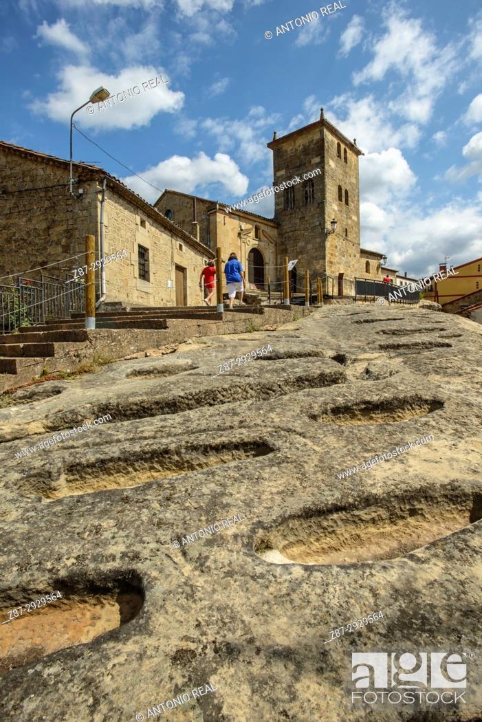 Imagen: Necropolis. Regumiel de la Sierra. Alto Arlanza. Burgos province, Castile-Leon, Spain.