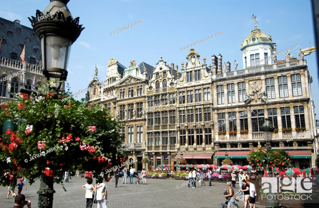 Stock Photo: GRAND PLACE GROTE MARK BRUSSEL BRUXELLES BRABANTE BELGIUM.