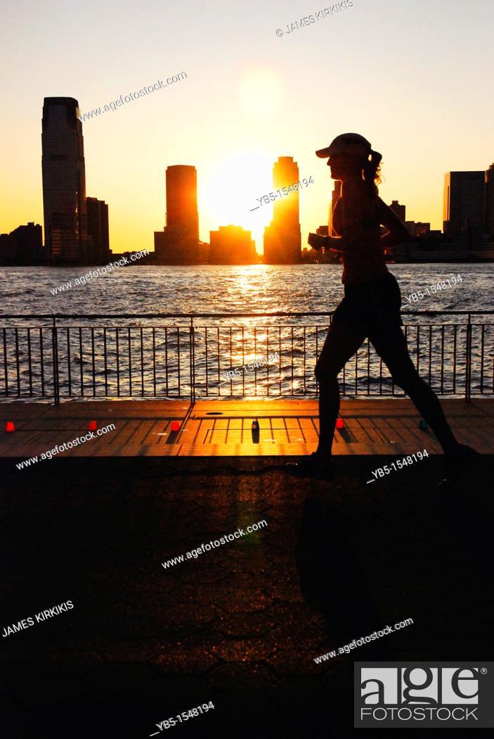 Imagen: Manhattan Sunset Jogger.