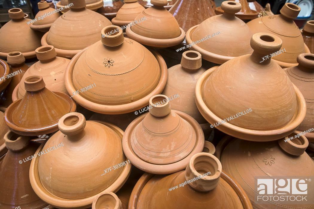 Stock Photo: Pottery shop, pottery for cooking traditional tajine, medina, Fez. Morocco.
