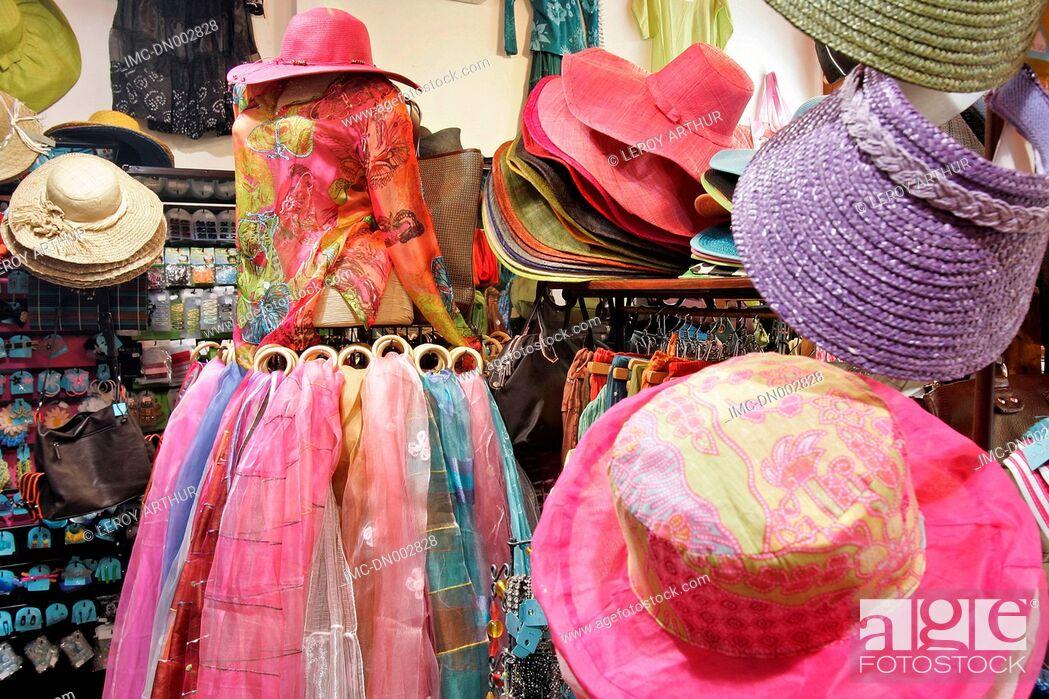 Imagen: France, Brittany, Saint Malo, shop.