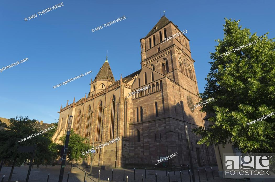 Photo de stock: Protestant Church Saint Thomas, Strasbourg, Alsace, Bas-Rhin Department, France.
