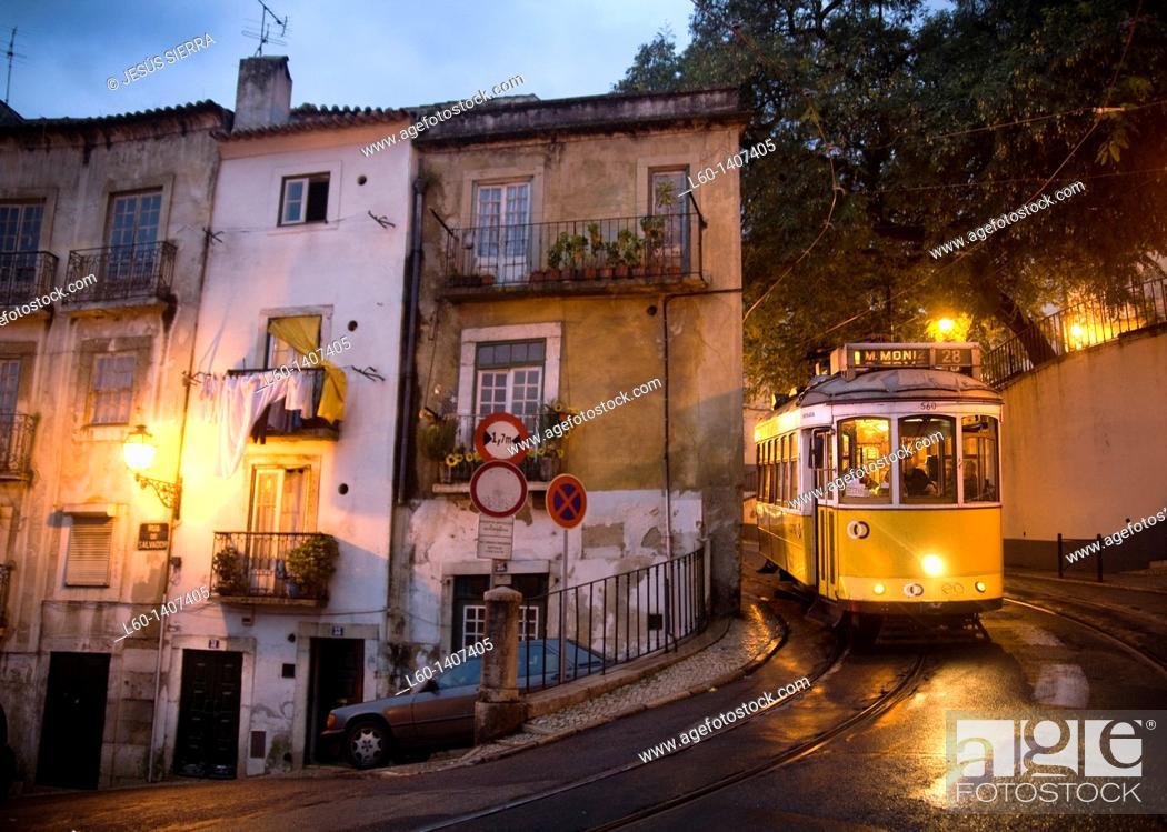 Photo de stock: Tram 28 in Alfama, Lisboa, Portugal.