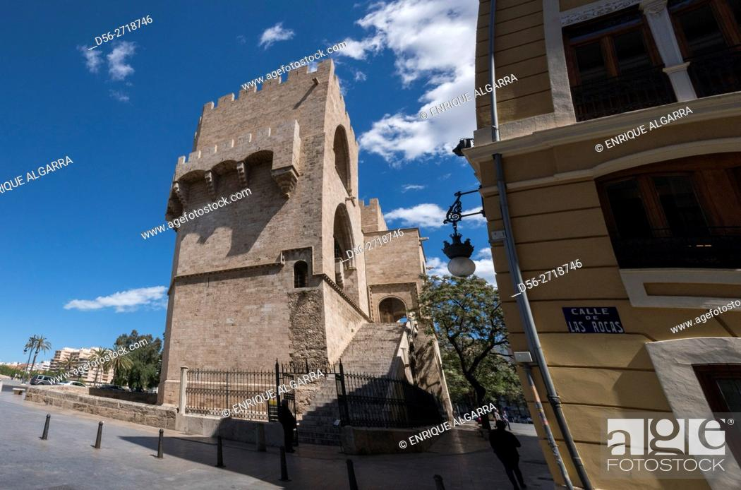 Imagen: Serranos Gate, Valencia, Spain.