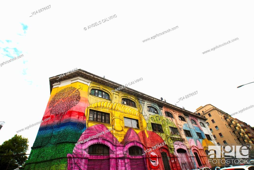 Imagen: Graffiti mural in Rome, Ostiense, Italy.
