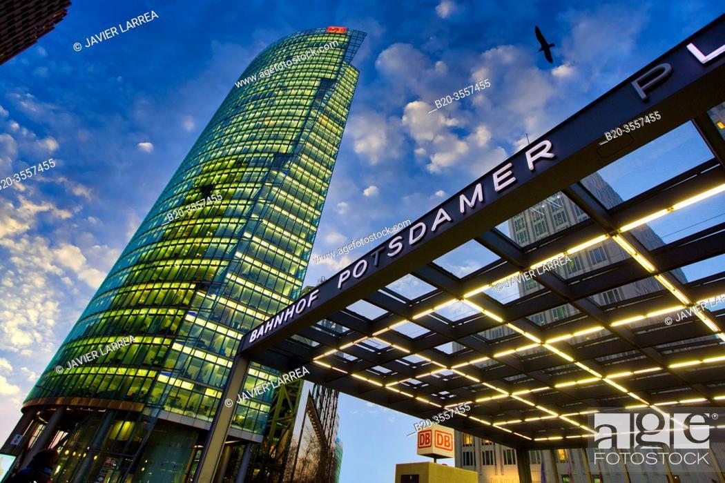 Imagen: Postdamer Platz, Berlin, Germany.