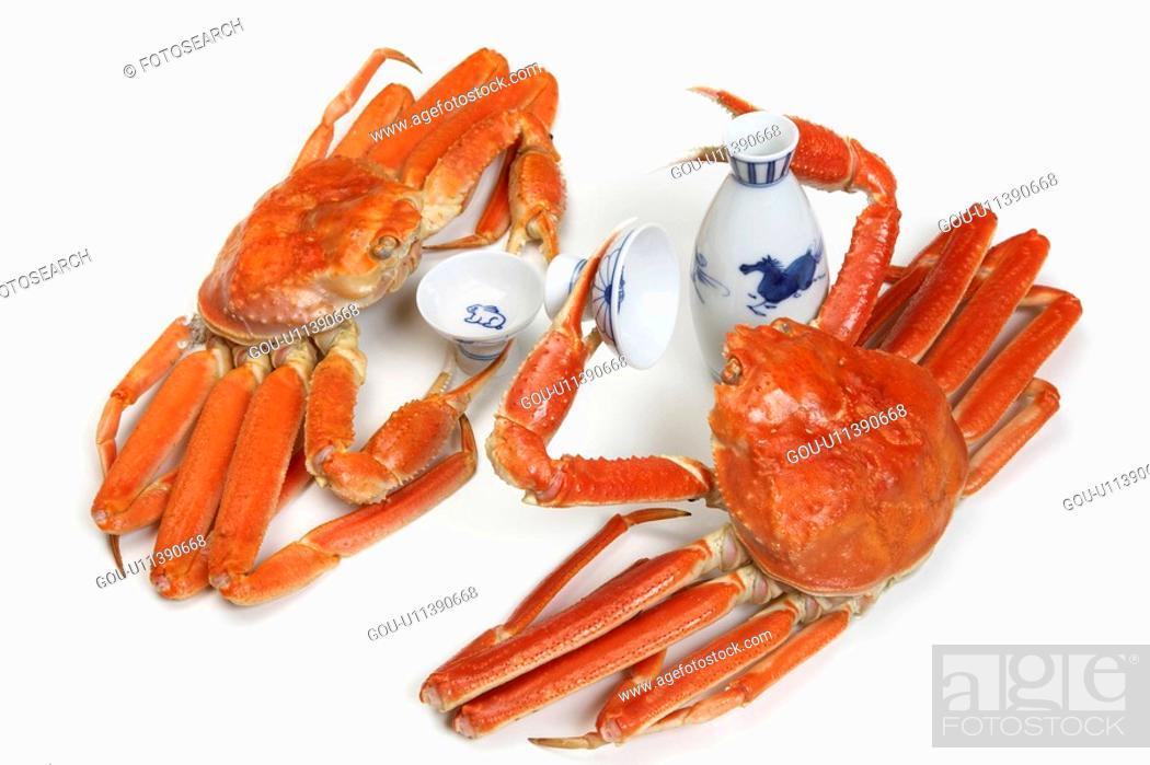 Stock Photo: Crabs drinking sake.