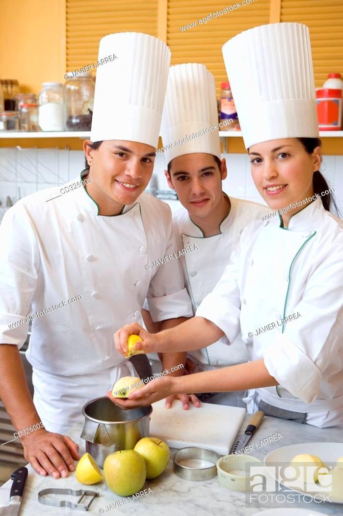 Stock Photo: Preparing apple pie. Luis Irizar cooking school. Donostia, Gipuzkoa, Basque Country, Spain.