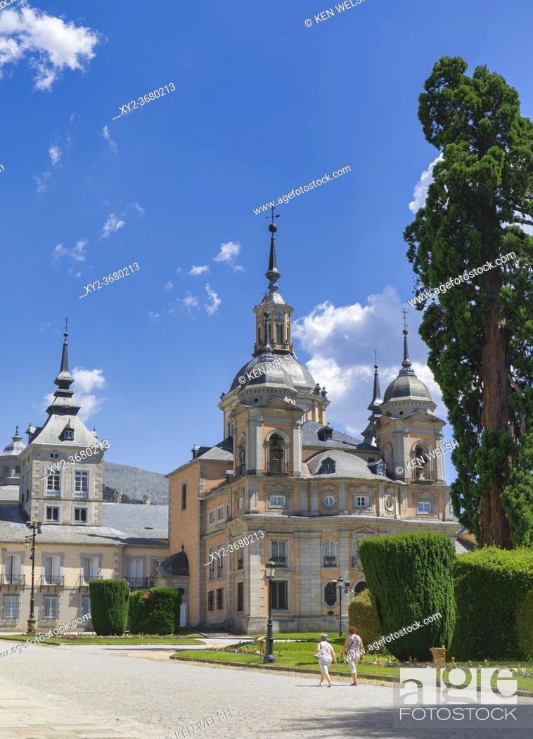 Photo de stock: The Royal Chapel at Real Sitio de San Ildefonso, Segovia Province, Spain. The town is also known as San Ildefonso, La Granja de San Ildefonso or La Granja.