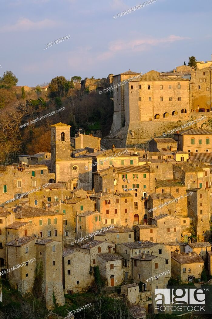 Stock Photo: View of Sorano seen from Etruscan rock settlement of San Rocco, Maremma, Grosseto, Tuscany, Italy.