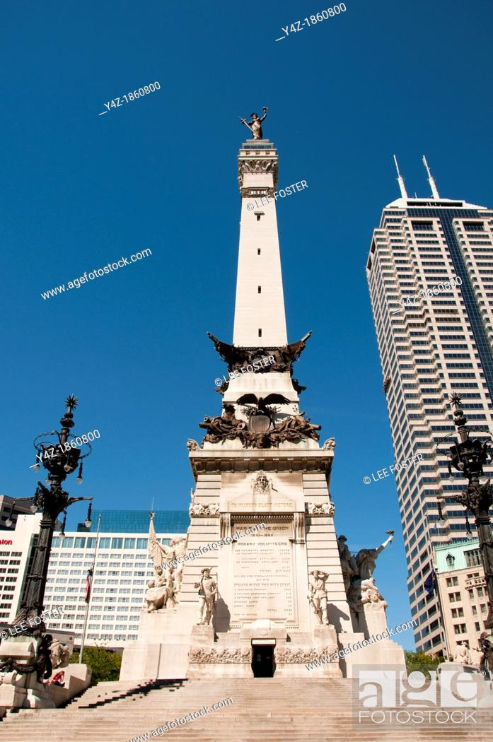 Stock Photo: USA, Indiana, Indianapolis, Soldiers and Sailors Monument.
