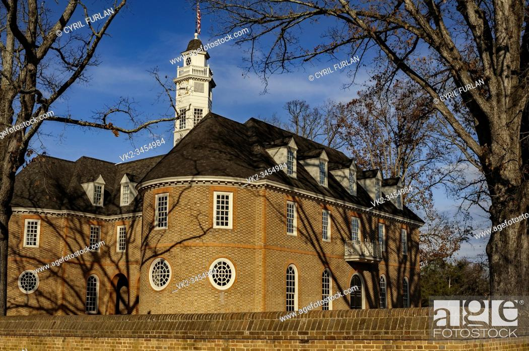 Imagen: Capital building Colonial Williamsburgl here colonial leaders such as Patrick Henry, Thomas Jefferson, George Washington.