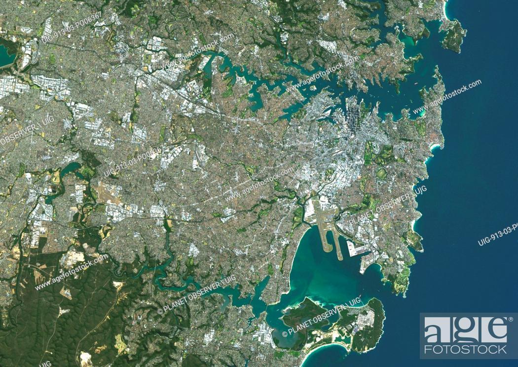 Imagen: Colour satellite image of Sydney, Australia. Image taken on August 4, 2014 with Landsat 8 data.