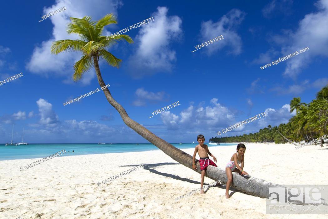 Imagen: Beautiful beach, Saona Island, Dominican Republic. Saona Island is located in the extreme southeast of the Dominican Republic.