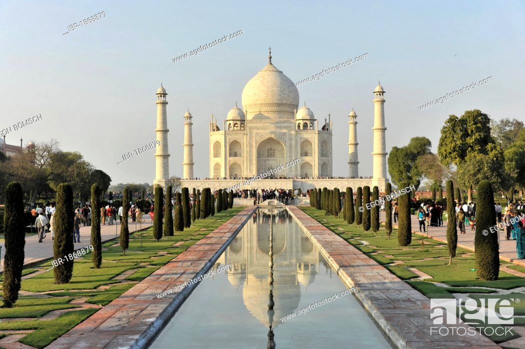 Stock Photo: Taj Mahal Tomb, UNESCO World Heritage Site, Agra, Uttar Pradesh, India, Asia.