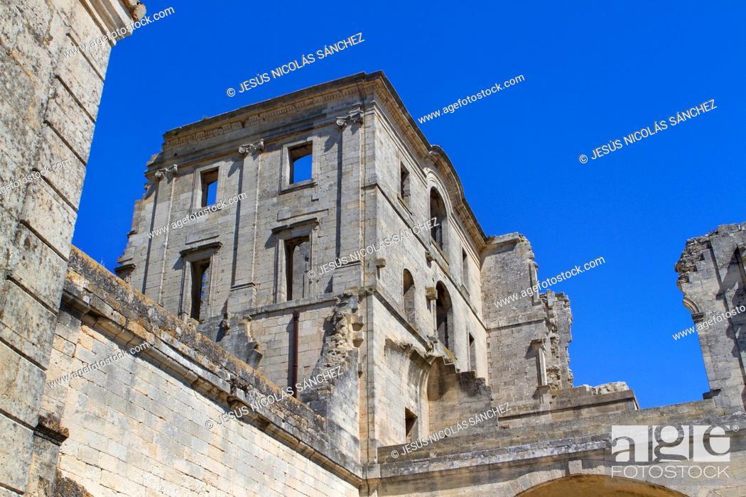 Stock Photo: Montmajour Abbey, near Arles. Arles district, Bouches-du-Rhône department, Provence-Alpes-Côte d'Azur region, France, Europe.