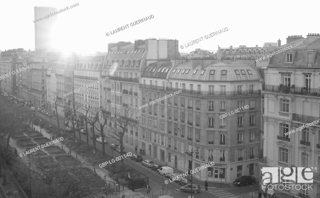 Stock Photo: Boulevard Gouvion-Saint-Cyr (Porte de Champerret), 17° arrondissement, Ile-de-France, Paris, France.
