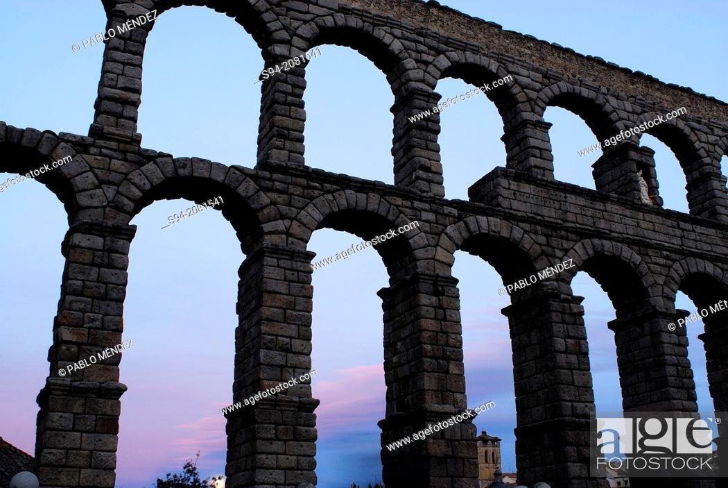 Imagen: Aqueduct of Segovia, Spain.