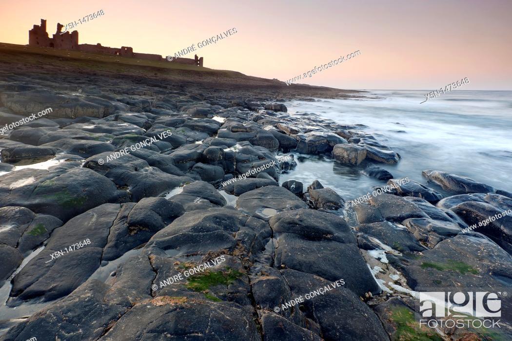 Stock Photo: Dunstanburgh Castle, Northumberland, England.