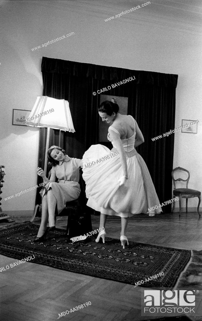 Stock Photo Nicoletta Orsomando Choosing The Wedding Dress Italian Announcer Nicolina
