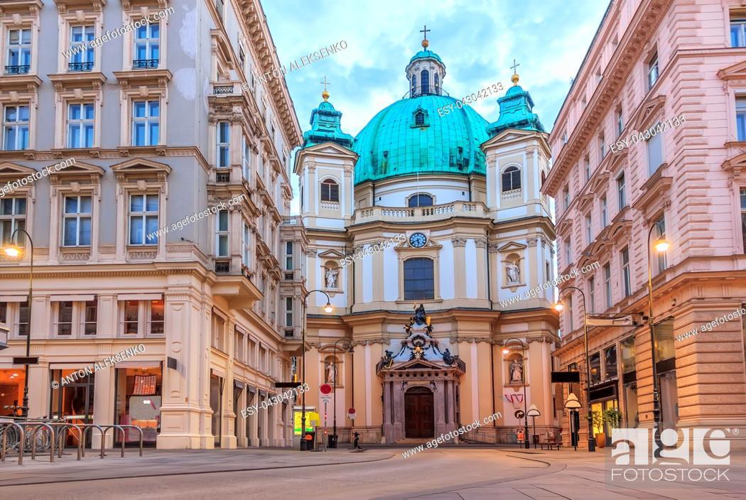Imagen: St. Peter's Church Vienna, Austria no people.