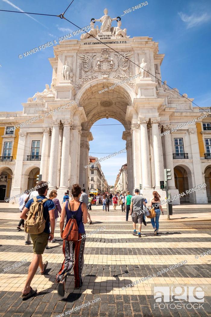 Stock Photo: Praça do Comércio, Lisbon, Portugal.
