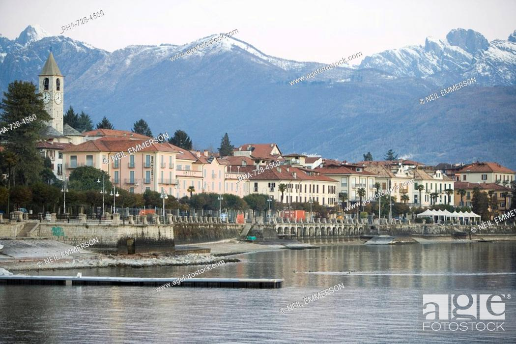Stock Photo: Baveno, Lake Maggiore, Piedmont, Italian Lakes, Italy, Europe.