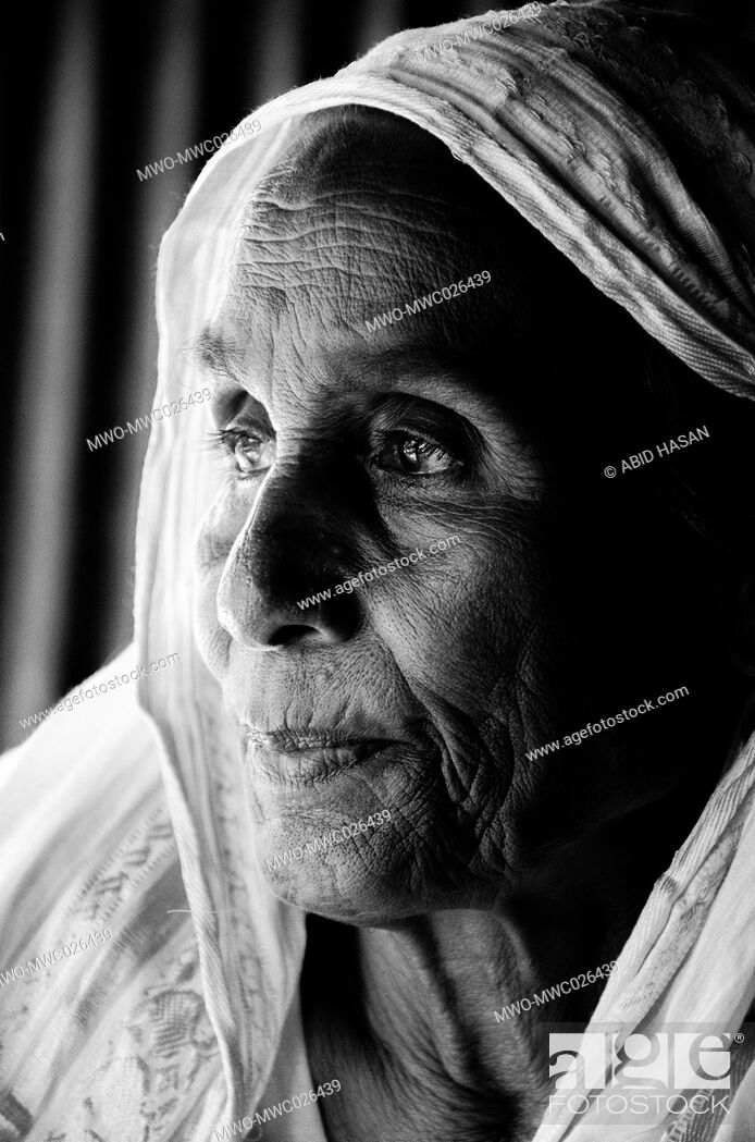 Imagen: The old age woman.