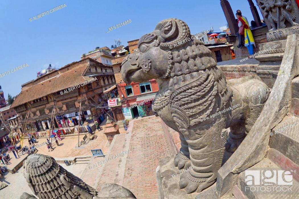 Imagen: Hindu Temple, Durbar Square, UNESCO World Heritage Site, Patan, Latipur, Bhaktapur, Kathmandu, Nepal, Asia.