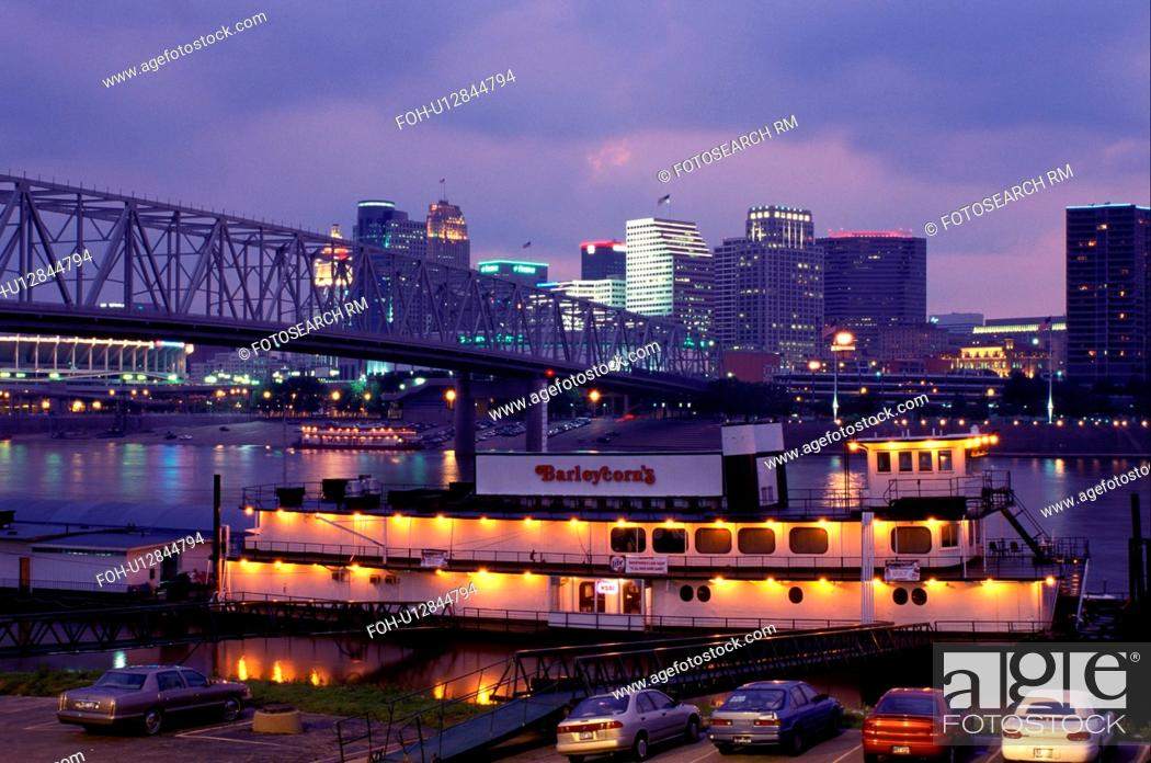 Stock Photo Riverboat Skyline Cincinnati Oh Ohio Barleycorn S Restaurant Along Row On The River And Taylor Southgate Bridge