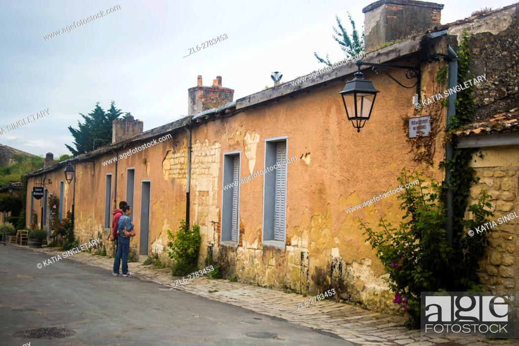 Old Streets With Small Old Houses In The Region Of Medic Bordeaux