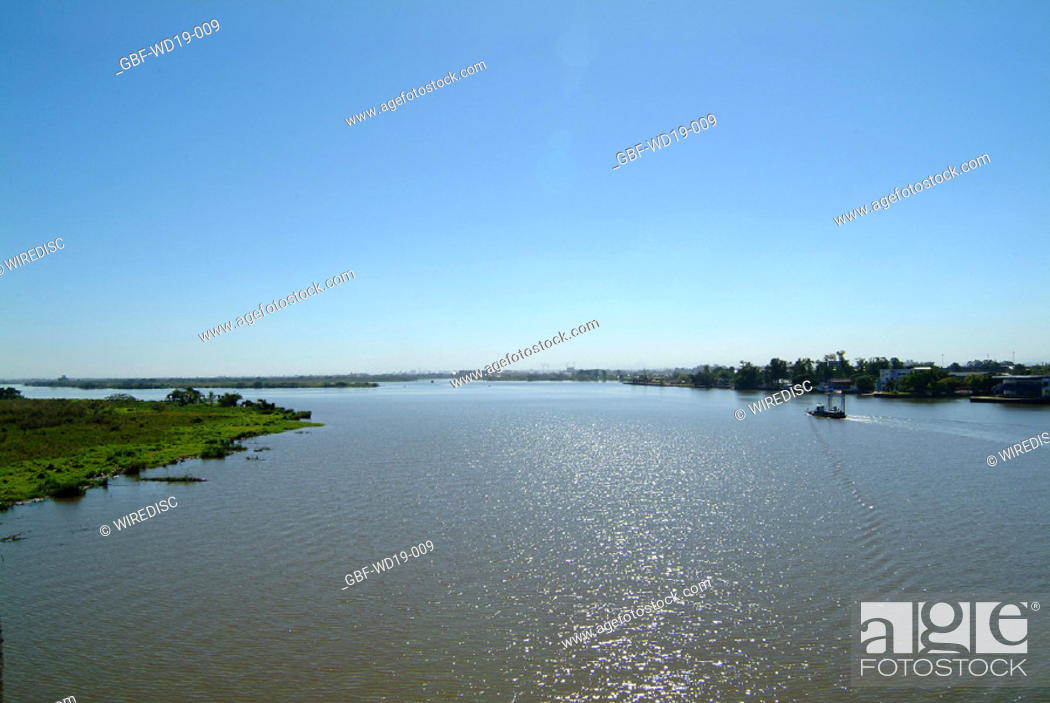 Stock Photo: Rio Guaiba, Rio Grande do Sul, Brazil.