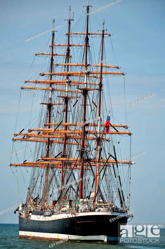Stock Photo: aft of sailboat.