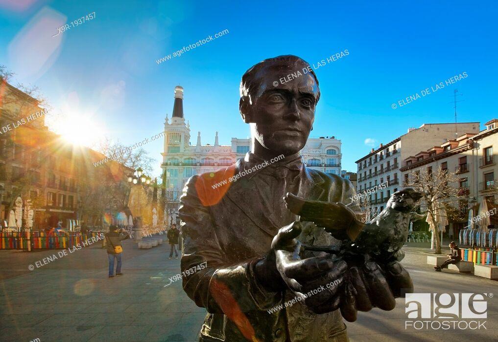 Stock Photo: Poet Federico Garcia Lorca statue at Santa Ana square. Madrid. Spain.