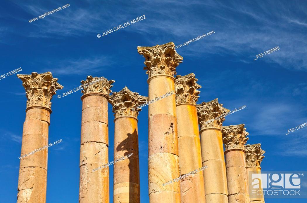 Stock Photo: Temple of Artemisa or Diana, Greco-Roman city of Jerash, Jordan, Middle East.