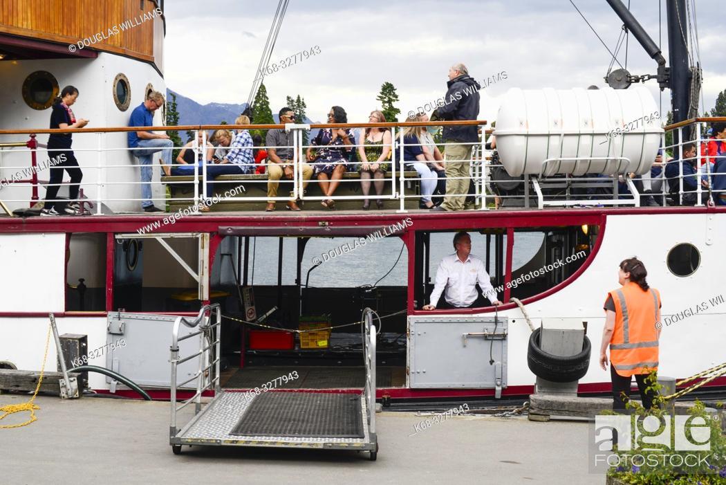 Imagen: TSS Earnslaw, the historic steam ship on Lake Wakatipu, Queenstown, South Island, New Zealand.