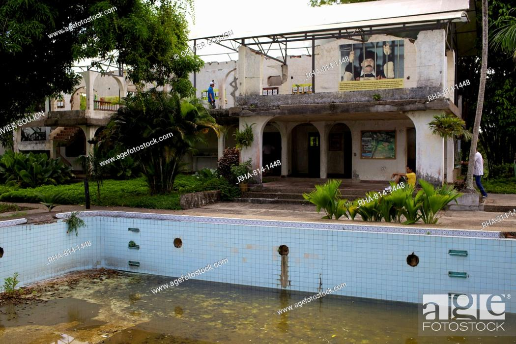 Stock Photo   Visting The Pablo Escobar House At The Ranch Napoles,  Medellin, Colombia, South America