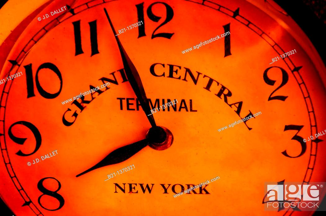 Stock Photo: Old clock of Grand Central Terminal, New York, USA.