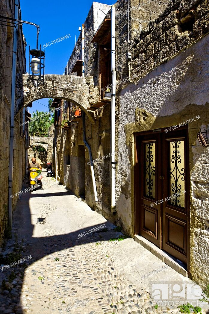 Stock Photo: Greece, Rhodes, street.