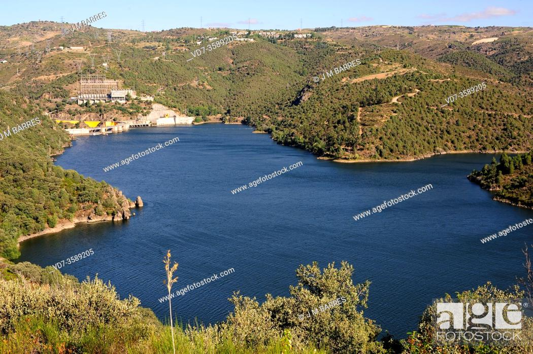 Stock Photo: Duero River between Fermoselle (Zamora province) and Bemposta (Portugal). Bemposta dam and hydroelectric power station.