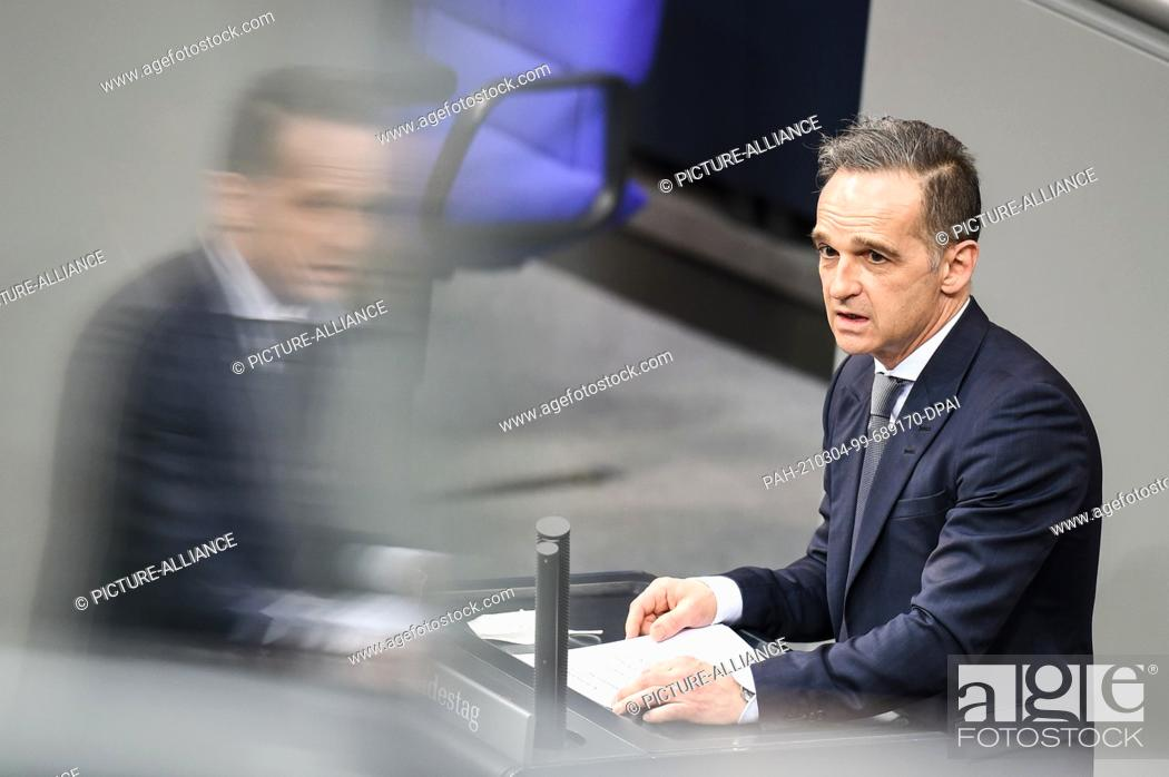 Imagen: 04 March 2021, Berlin: Heiko Maas (SPD), Foreign Minister, speaking at the topical debate in the German Bundestag. The subject of the current affairs hour of.