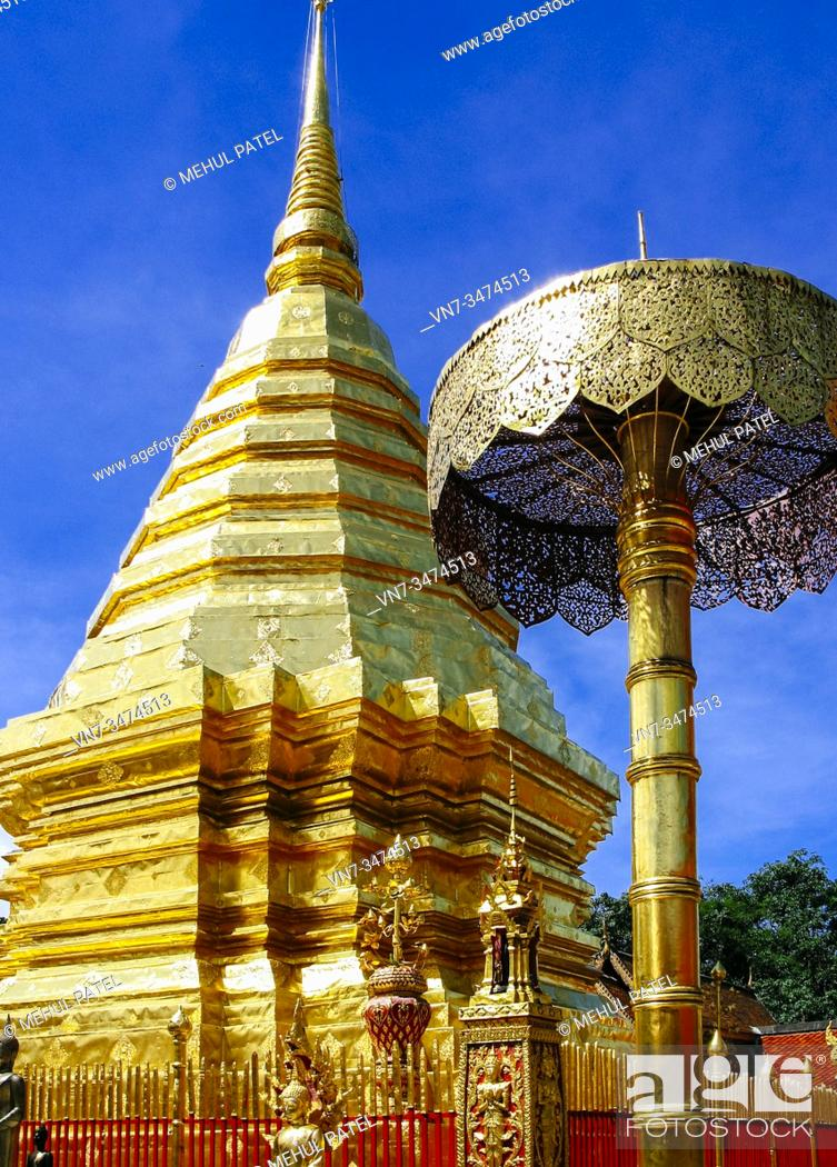 Imagen: Golden Chedi of Wat Doi Suthep temple, Chiang Mai Province, Thailand, Asia.