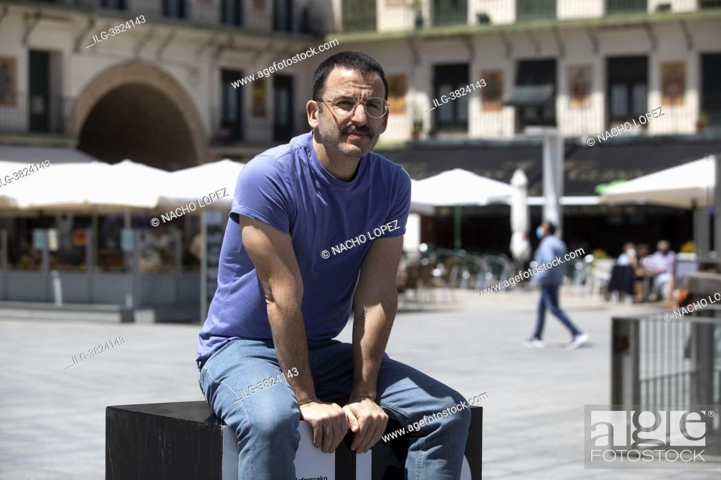 Photo de stock: Borja de La Vega attends to Mía y Moi photocall during the Lo que viene Film Festiva May 14, 2021 in Tudela, Spain Navarra, Spain.