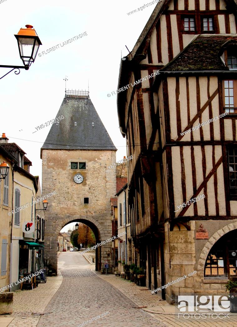 Stock Photo: Noyers sur Serein, Yonne (89), Burgundy, scenery on the village and its timbering houses.