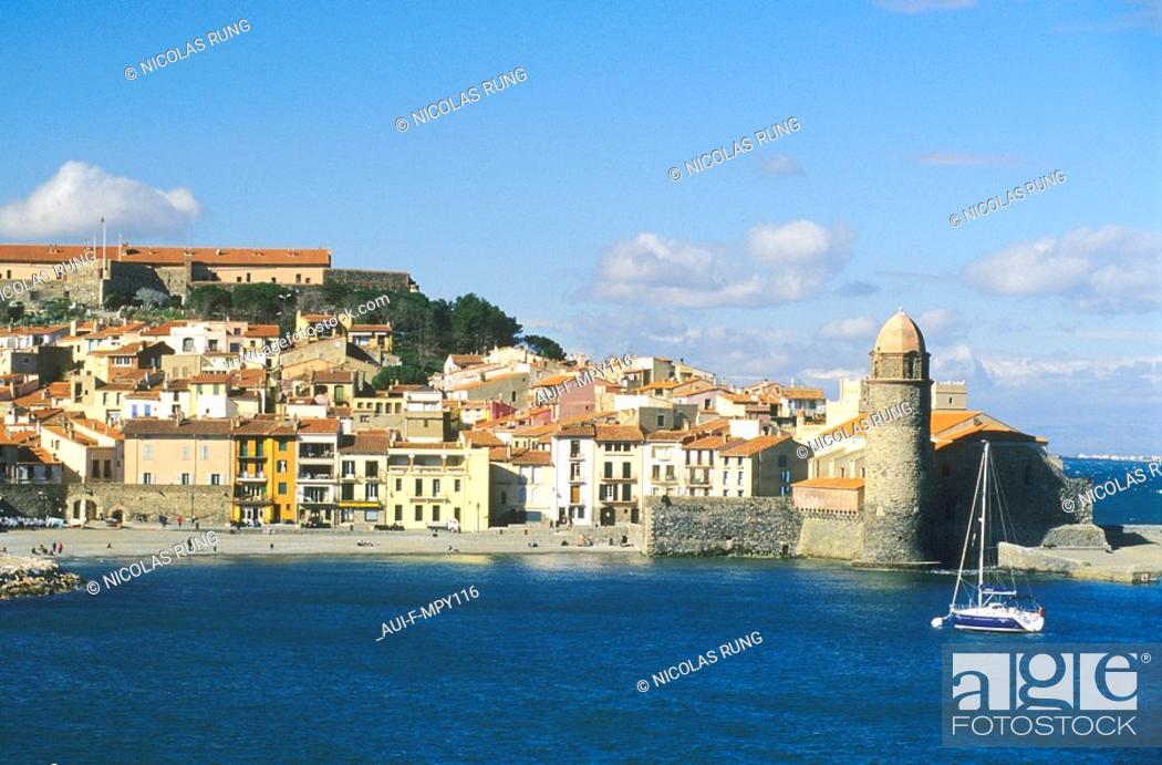Stock Photo: France - Pyrenees Orientales - Collioure.